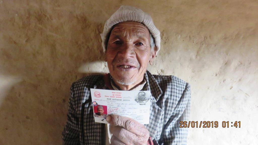८३ वर्षमा वल्ल नागरिकता लिए चन्द्रबहादुरले