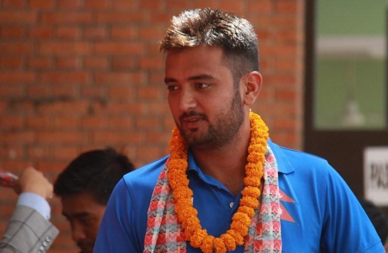 क्रिकेटर ललित भण्डारीलाई काठमाण्डौ ल्याइयो
